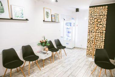 Esthetic Dental Clinic - gabinet stomatologiczny Toruń poczekalnia