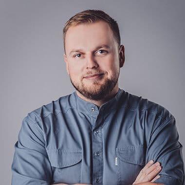 ŁUKASZ PODLEWSKI DENTYSTA TORUŃ - STOMATOLOG