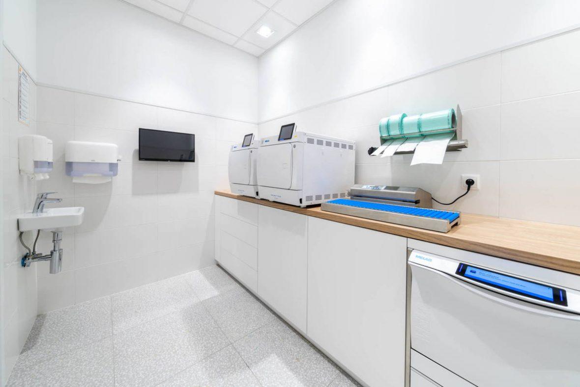 Esthetic Dental Clinic - DENTYSTA Toruń - Stomatologia estetyczna - Implanty - RTG - Usługi dentystyczne - Najbardziej sterylny gabinet stomatologiczny w Toruniu