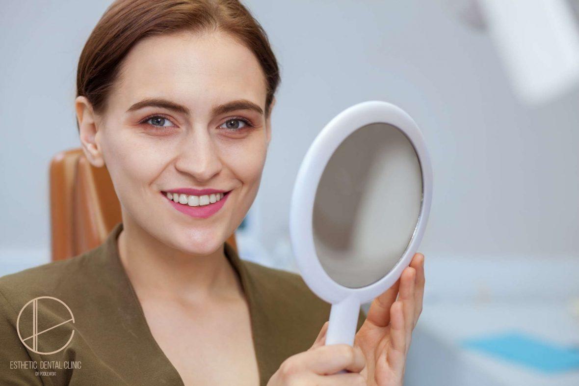 bezpieczne wybielanie zębów w gabinecie stomatologicznym - dentysta Toruń