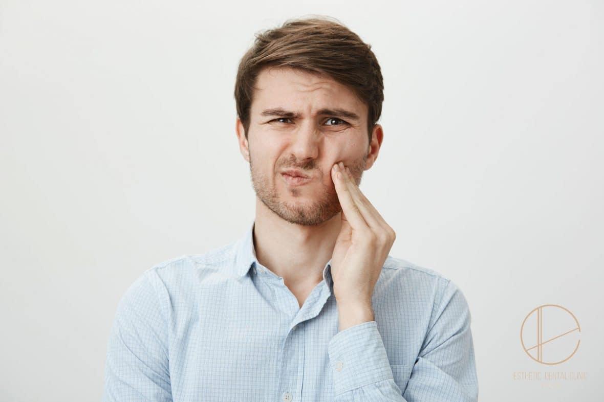 diagnoza rodzaju i przyczyny bólu zęba w gabinecie stomatologicznym - Dentysta Toruń