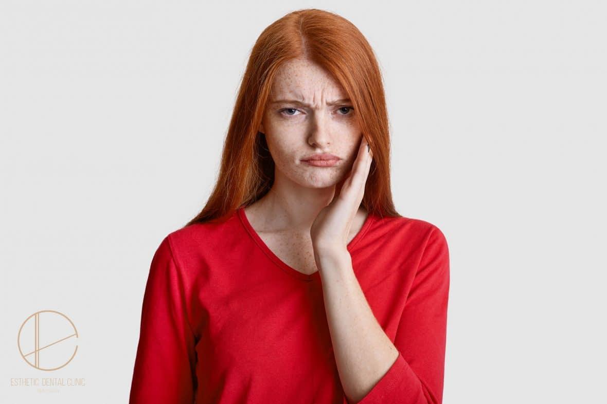 Jak leczyć nadwrażliwość zębów - Dentysta Toruń
