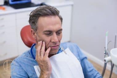 odbudowa mocno zniszczonych zębów u dentysty