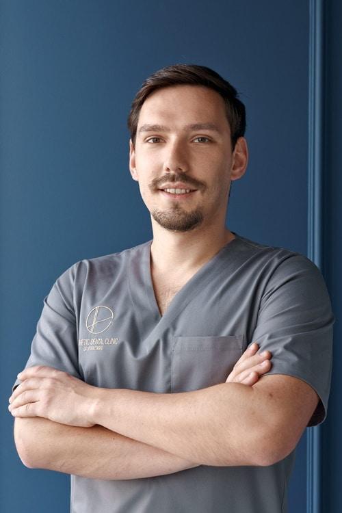 Szymon Kaleta lekarz dentysta Toruń